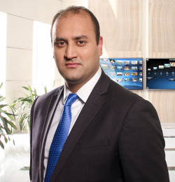 Majid Khan CAIA is a director of alternative investments at Russell Investments.