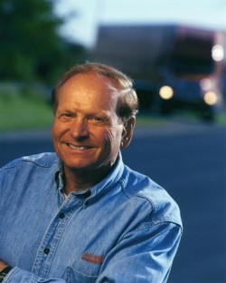 Don Schneider, former chief executive of Schneider National, died of Alzheimer's disease (Picture: Business Wire)