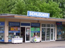 The Schlecker family is bankrupt but will not sell its drugstore family business
