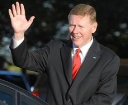 Alan Mulally, chief executive of Ford, devised the One Ford plan, which saw Ford's credit status being upgraded