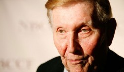 Sumner Redstone: My family will inherit the business