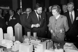 Riechmann and former British prime minister Margaret Thatcher with the plans for Canary Wharf