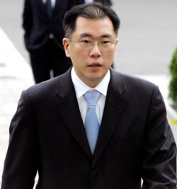 Chung Eui-sun, vice-chairman at family-controlled conglomerate Hyundai